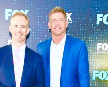 Troy Aikman Joe Buck Dumb & Dumber on NFL Flyovers